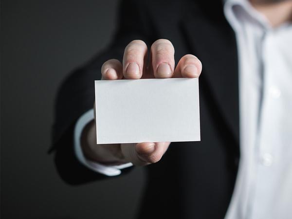 La consultoría transversal ante la crisis de identidad de las empresas